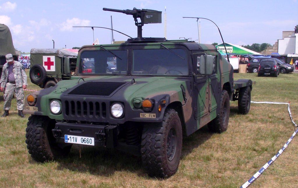 Jízda v armádním Hummer H1