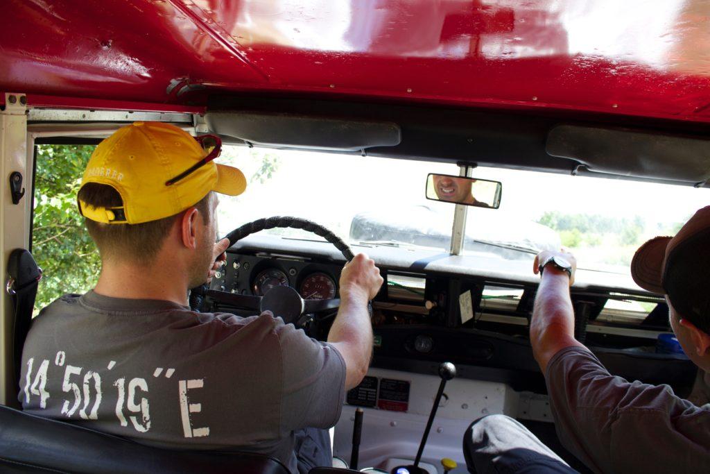 Zážitková jízda ve voze Land Rover - Kurz offroad jízdy