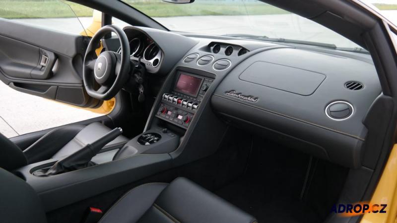 Interiér Lamborghini Gallarda