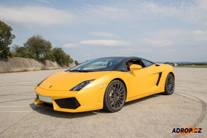 Jízda ve žlutém Lamborghini Gallardo