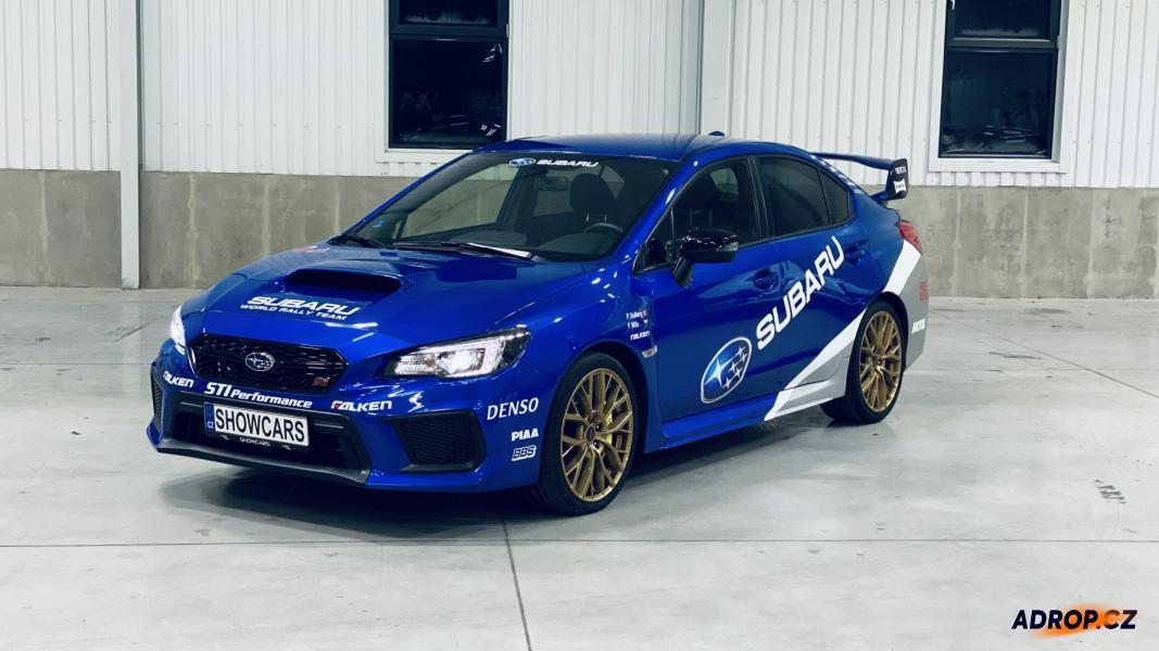 Jízda v modrém Subaru Impreza WRX STI