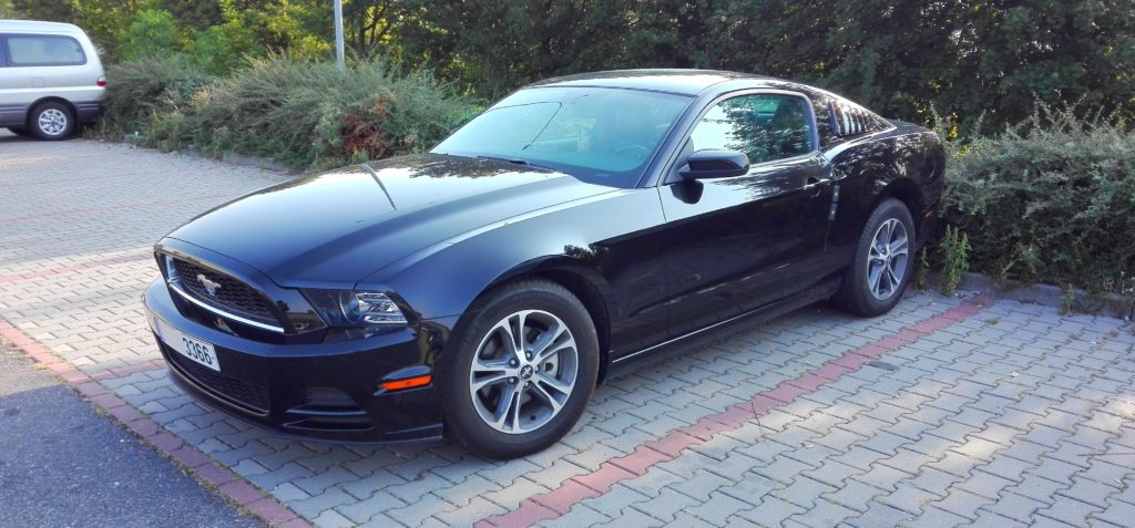 Ford Mustang 5. generace