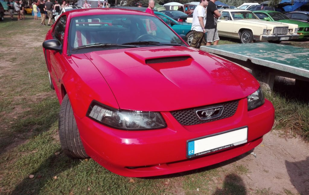 Ford Mustang 4. generace