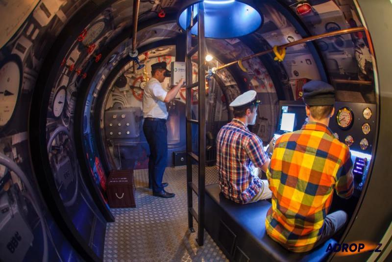 simulátor ponorky Praha - Zličín, fotografie uvnitř ponorky