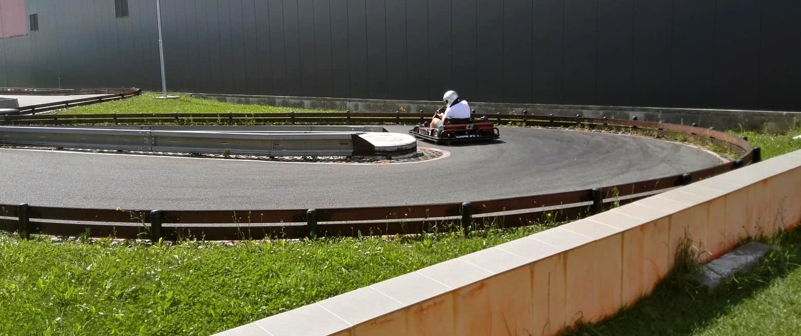 Venkovní část okruhu motokáry Litomyšl